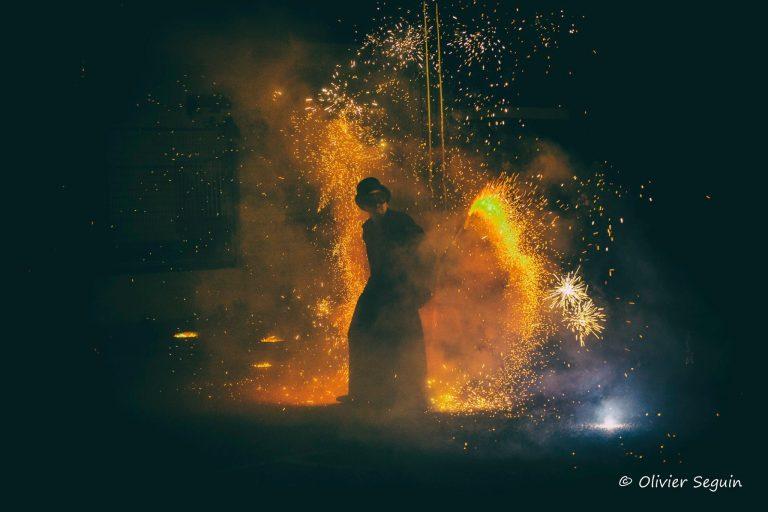 Photo de spectacle par Olivier Seguin - Manu le jongleur - Spectacles de feu